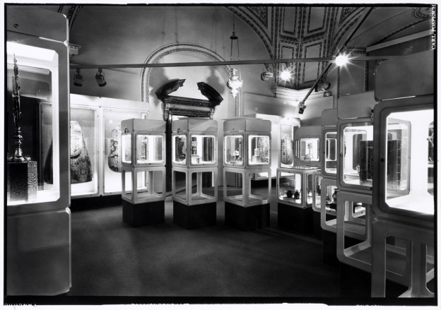 Historic view of the permanent exhibition in the Cathedral Museum