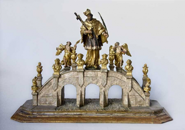 John Nepomuk as bridge saint, middle of the 18th century, painted wood, Cathedral Museum, Inv.Nr. JN 174 © Dommuseum