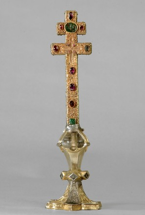 Doppelarmiges Reliquienkreuz © Dommuseum zu Salzburg / J. Kral