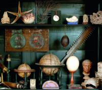 Globenschrank aus der Kunst- und Wunderkammer © Dommuseum/J. Kral Möchte Belegexemplar