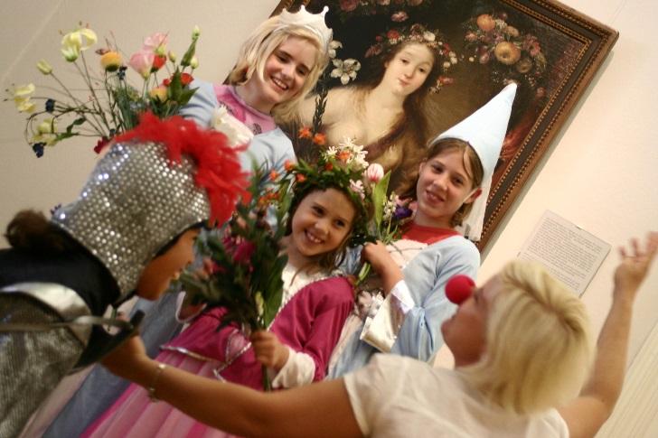 """Veranstaltung """"Alles Theater"""" im DomQuartier Salzburg"""