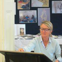 """Artikelbild zur Veranstaltung Workshop """"Barocke Kurven – Aktzeichnen im Museum"""""""