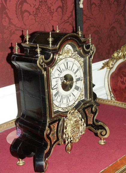 Historische Uhr in der Residenz zu Salzburg